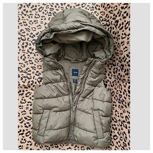 Baby GAP Puffer Vest Size 3